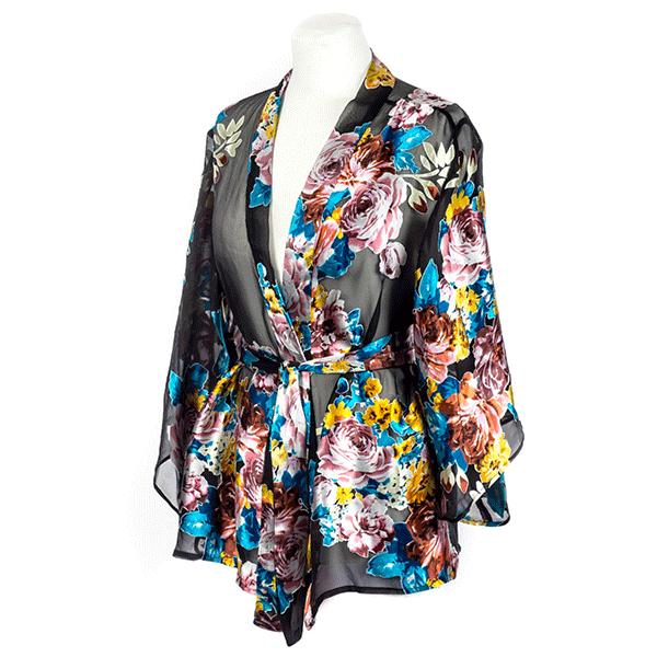 Kimono fleuri à manches longues en soie